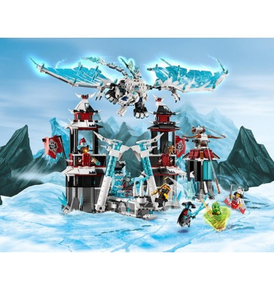 LEGO NINJAGO Castle of the Forsaken Emperor 70678